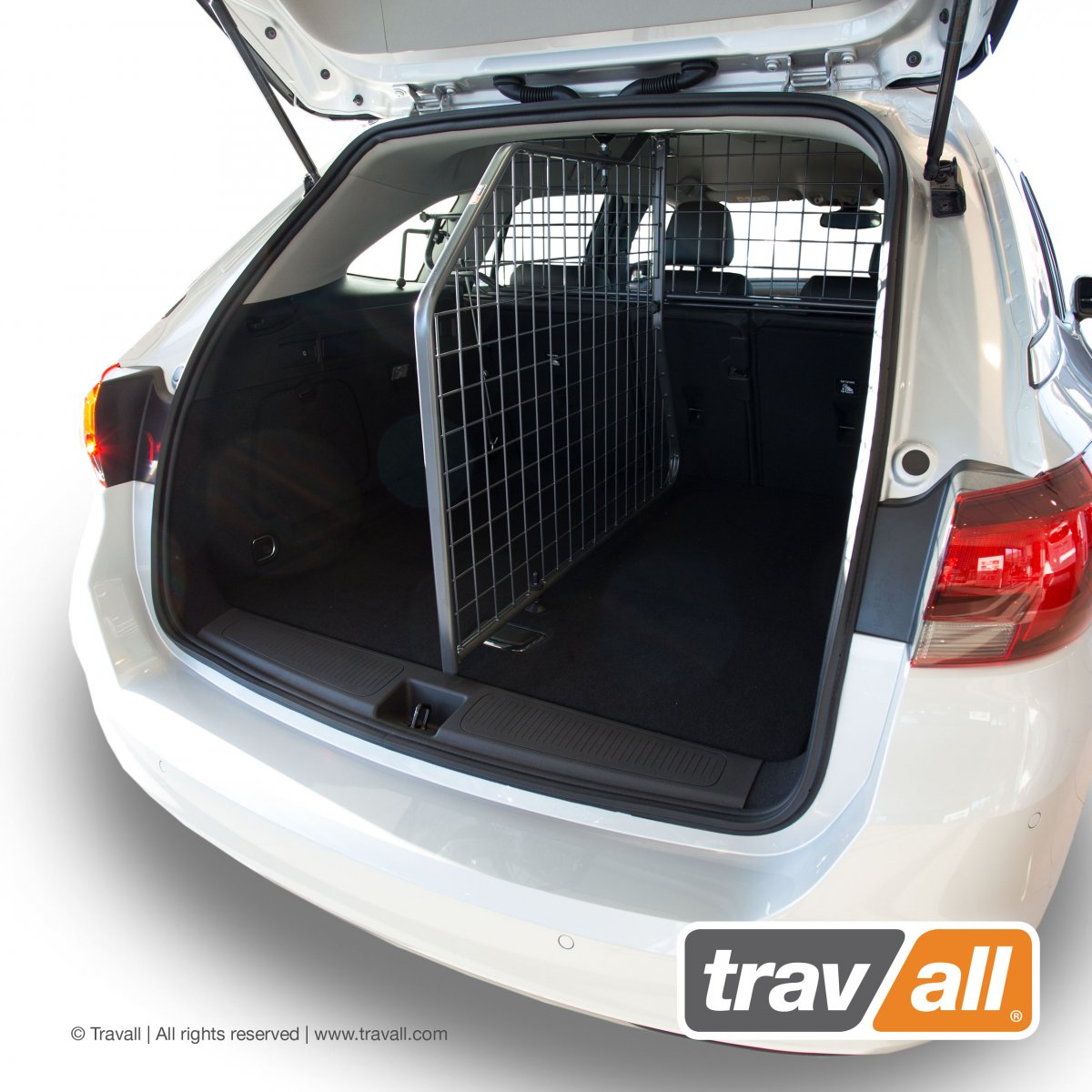Travall® DIVIDER pour Opel/Vauxhall Astra Sports Tourer (2015 >)