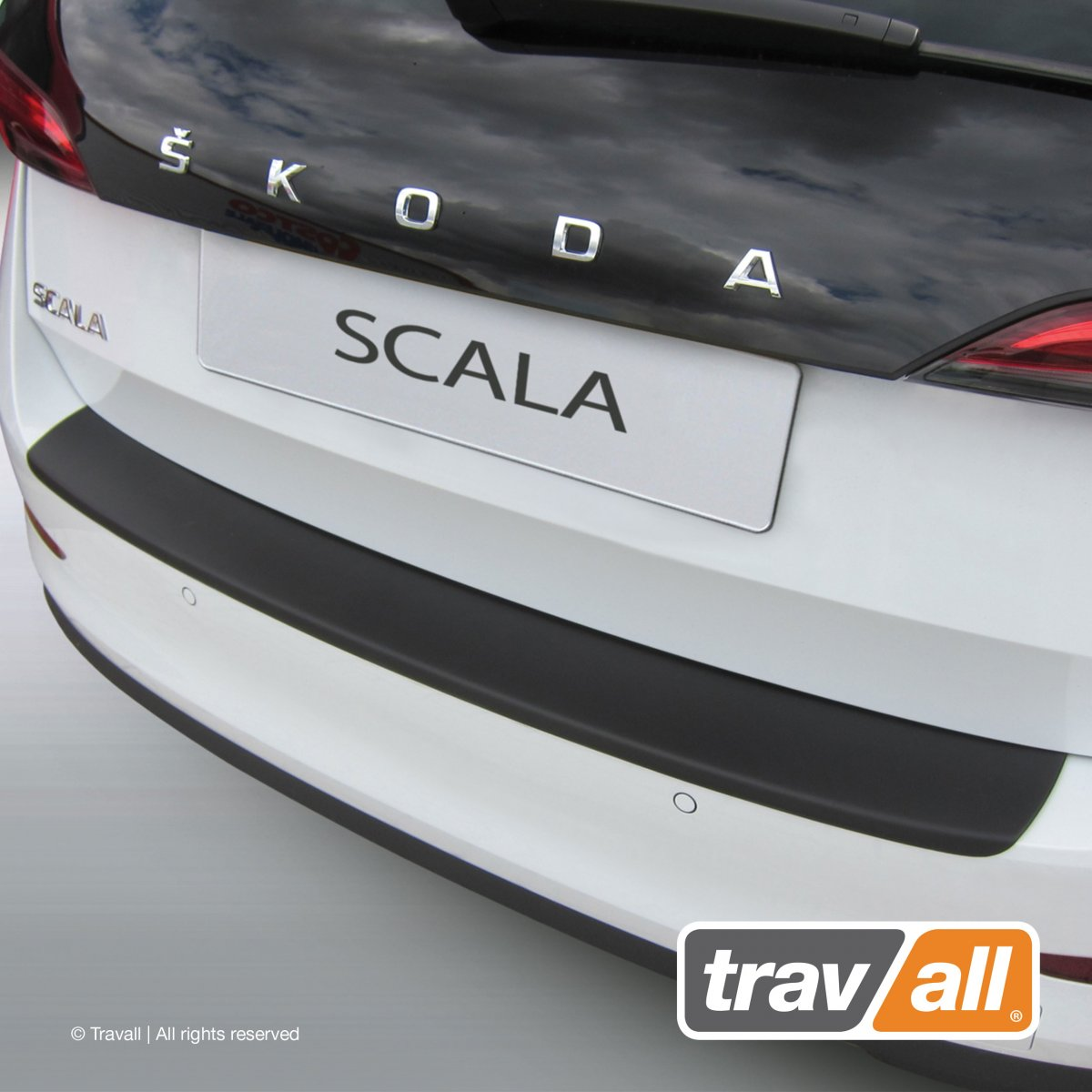 Travall® PROTECTOR-Plastique lisse pour Skoda Scala (2018 >)