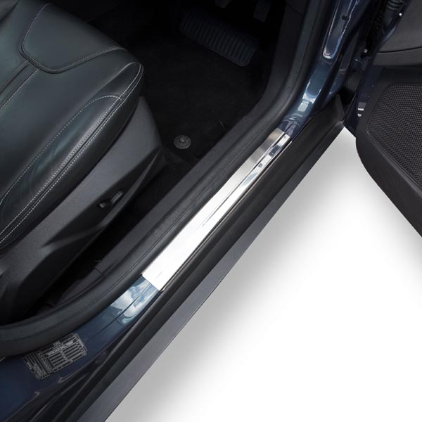 Travall® Sillguards pour Ford Focus 5 Portes Hayon (2010 >)