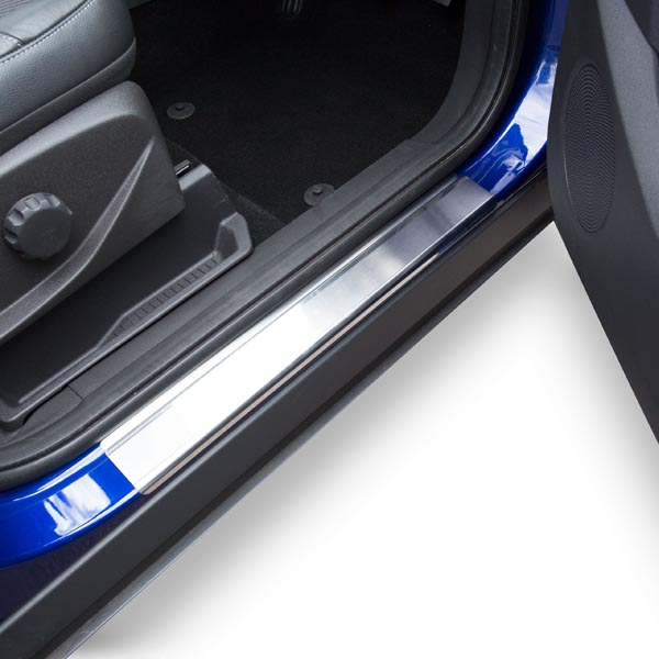 Travall® Sillguards for Ford Escape (2012 >) / Kuga (2013 >)